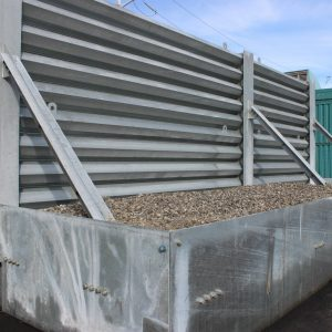ballistic barrier with foundation